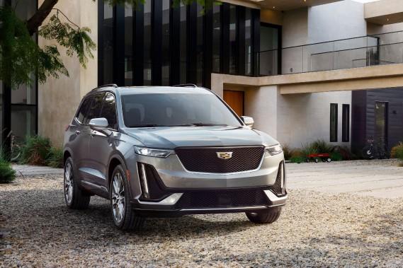 L'XT6 sera un peu plus petit et moins carré que l'énorme Cadillac Escalade. (Photo Cadillac)