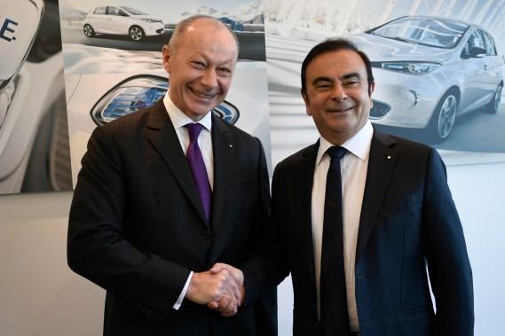 Un tandem pressenti pour succéder à Carlos Ghosn à la tête de Renault jeudi