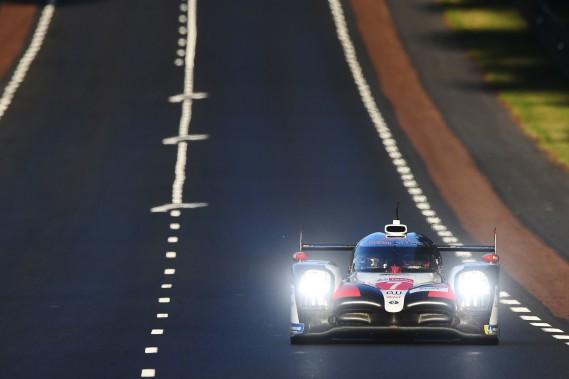 24 Heures du Mans: les Toyota en première ligne au départ