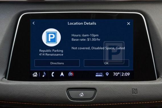 Votre Cadillac pourra repérer et réserver un espace de stationnement pour vous