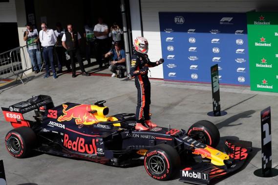 Verstappen signe la 2e pole de sa carrière au GP du Brésil