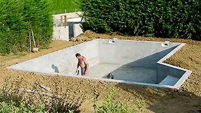 Construire sa piscine creus e ludovic hirtzmann r novation for Combien coute une piscine enterree coque