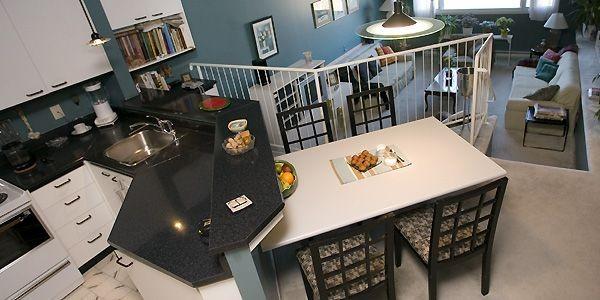 La cuisine et la salle à manger surplombent... (Photo Patrick Sanfaçon, La Presse)