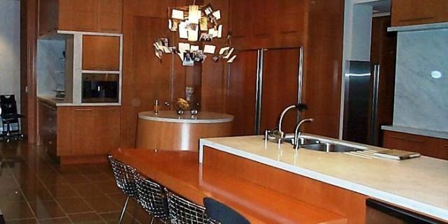 La construction de cette cuisine contemporaine, dessinée par... (Photo fournie par Maco Ébénisterie Architecturale)