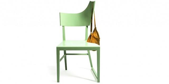 La chaise de bois Falb est signée BKM,... (Photo: www.bkm-format.com)