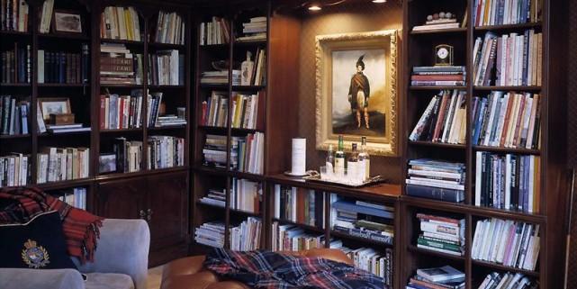 Livres, bibelots, meubles et accessoires électroniques s'accumulent rapidement... (Photothèque Le Soleil)