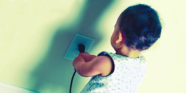 L'électricité est loin d'être un jeu et les... (Phototèque Le Soleil)