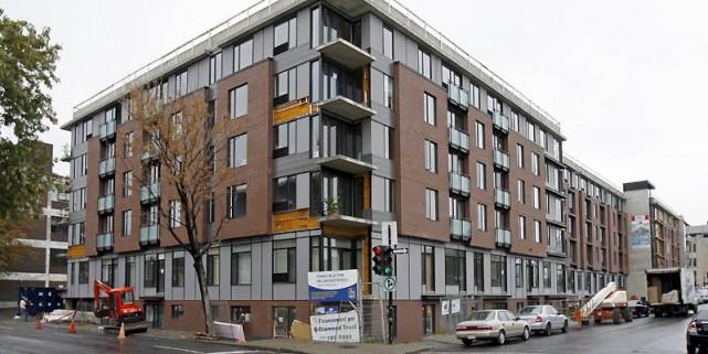 Les quelque 400 logements du projet Square Cartier... (Photo Robert Mailloux, La Presse)