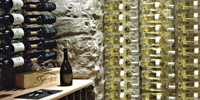 Bel effet pour ce cellier aménagé avec des... (Photo fournie par Langevin & Forest)