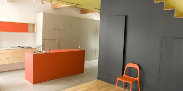Dans la cuisine trône un îlot couvert de... (Photo Alain Roberge, La Presse)