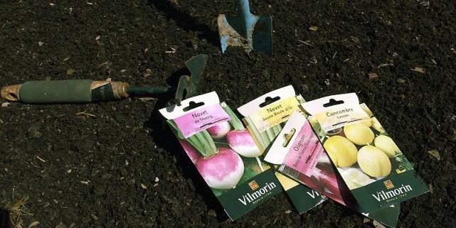 Tout bon jardinier attend avec impatience l'arrivée des catalogues printaniers... (Photo archives La Presse)