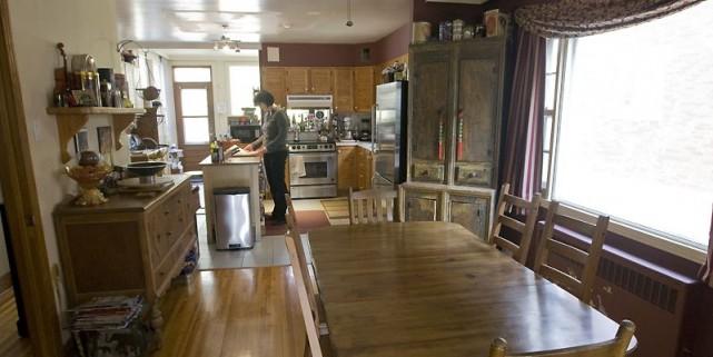 plus d 39 espace pour la famille qui s 39 agrandit danielle. Black Bedroom Furniture Sets. Home Design Ideas