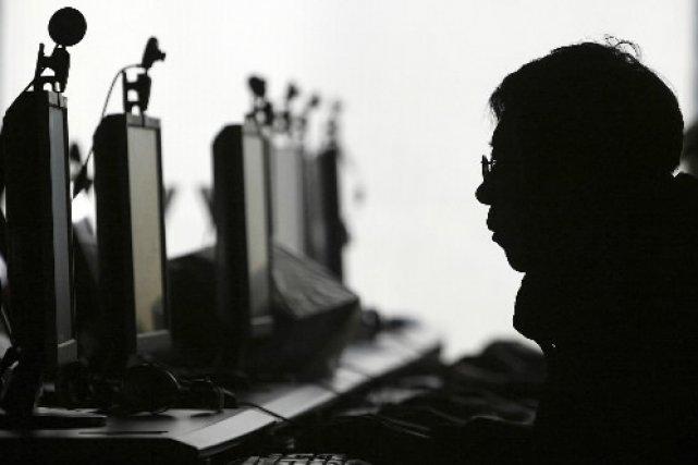 Un café Internet... (Ivanoh Demers, Le Presse)