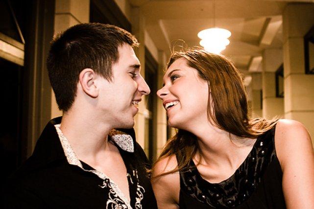 Quatre-vingt-dix-neuf pour cent des jeunes considèrent la fidélité... (Photo: Archives La Presse)
