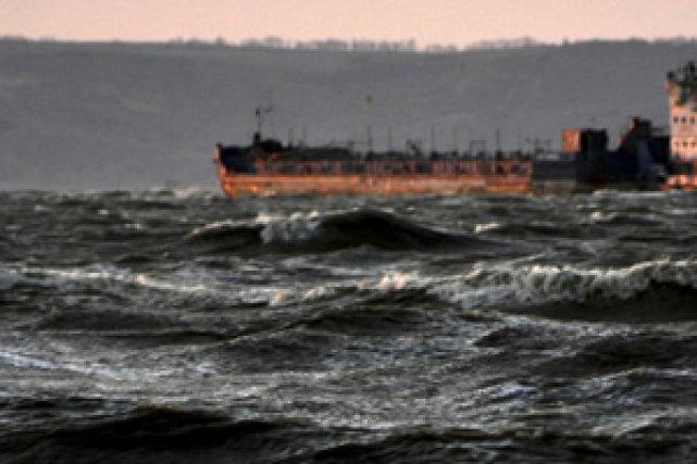 un cargo russe a coul dans la mer noire international. Black Bedroom Furniture Sets. Home Design Ideas