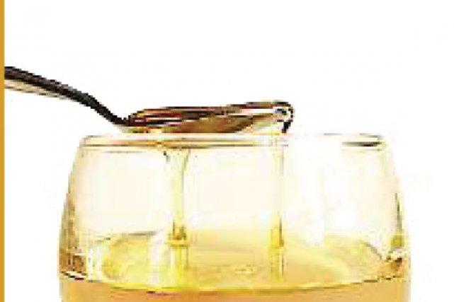 l 39 huile essentielle serait efficace contre les moisissures st phanie b rub sant. Black Bedroom Furniture Sets. Home Design Ideas