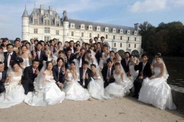 noces romantiques en france pour 40 couples chinois - Chateau De Chenonceau Mariage