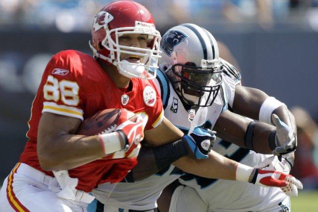 Tony Gonzalez... (Photo: AP)