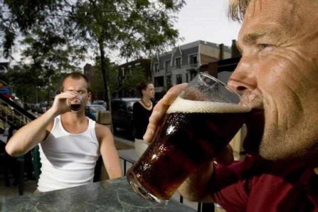Voici une liste de neuf types de buveurs excessifs qui ne sont pas alcooliques,... (Photo: archives La Presse)