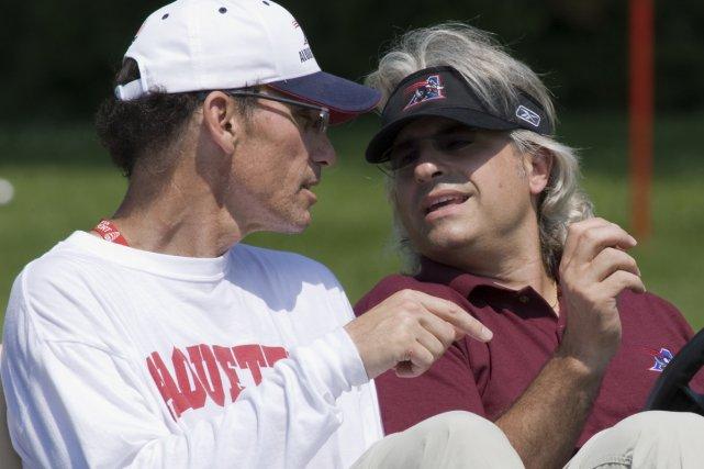 Marc Trestman et Jim popp... (Photo: Rémi Lemée, La Presse)