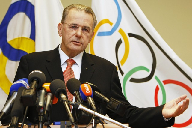 Jacques Rogge... (Photo: Reuters)