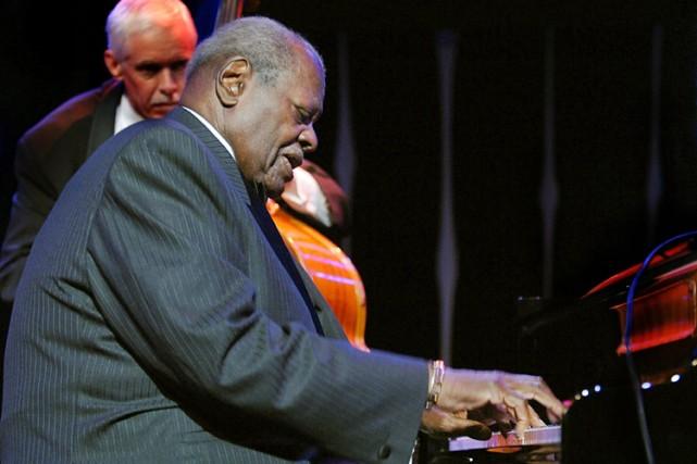 Le légendaire Oscar Peterson s'est éteint l'an dernier... (Photo: Reuters)