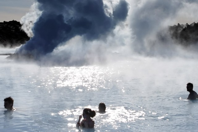 Les bienfaits des bains froids sont conus: diminution... (Photo: AFP)