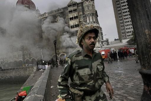 Islamabad a interpellé deux dirigeants du groupe islamiste cachemiri... (Photo: AP)