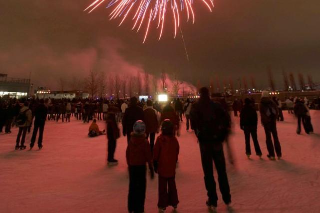 Les samedis soir de décembre, les patineurs peuvent... (Photo: Quais du Vieux-Port)