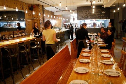 Une bonne adresse avenue du mont royal marie claude for Restaurant salle a manger tunis