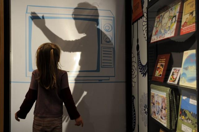 Une ombre chinoise. Mystère! L'exposition Robert Munsch, au... (Photo: Bernard Brault, La Presse)