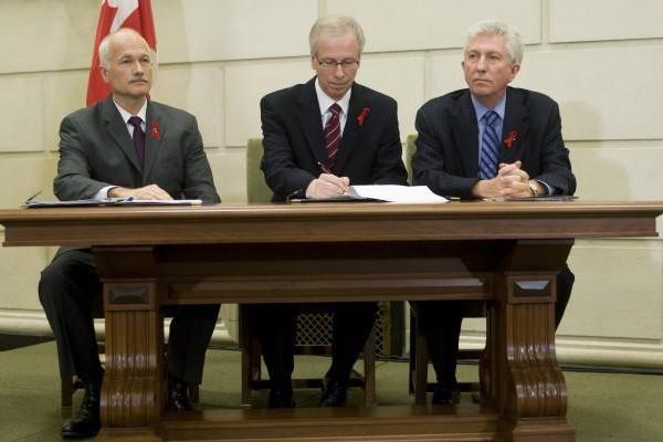 La coalition formé par les chefs Layton, Dion... (Photo PC)