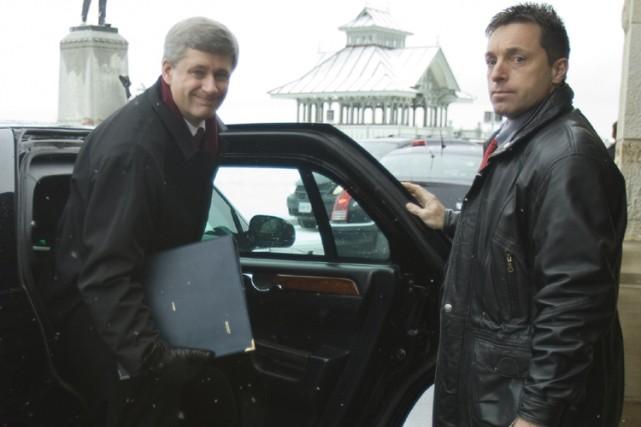 Stephen Harper à son arrivée à la Chambre... (Photo: PC)