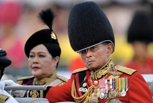 lLe roi de Thaïlande Bhumibol Adulyadej... (Photo: AFP)