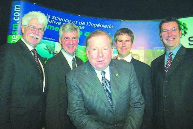 Gérald Laganière, vice-président de SM International, Guy Fouquet,... (La Tribune, Jean-Pierre Boisvert)