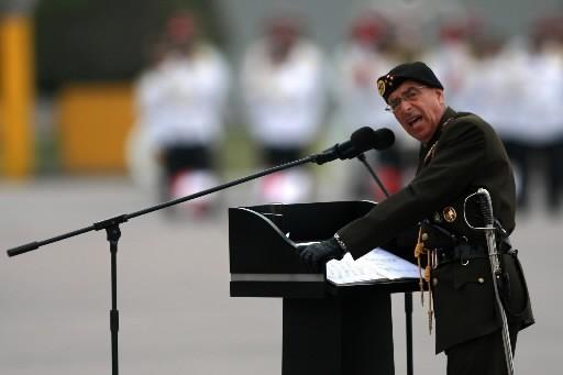 Le général Edwin Donayre... (Photo: AFP)