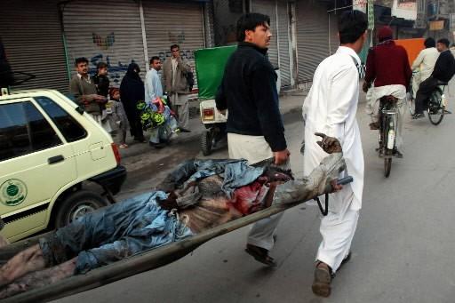 Vingt-sept personnes ont été tuées vendredi dans l'attentat à la voiture piégée... (Photo: AP)