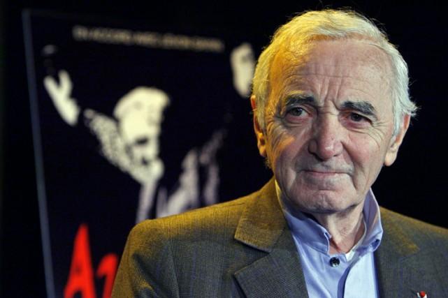 À 84 ans, Charles Aznavour poursuit son grand bonhomme de chemin, avec une... (Photo: Robert Mailloux, La Presse)
