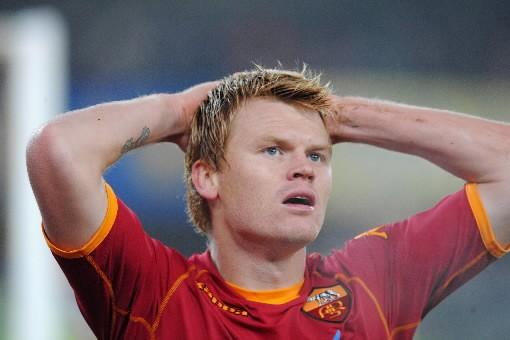 Le défenseur de la Roma, John Arne Riise,... (Photo: AFP)
