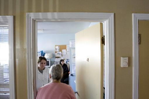 Pour pallier les lacunes évidentes du réseau de la santé et des services... (Photo Martin Tremblay, La Presse)