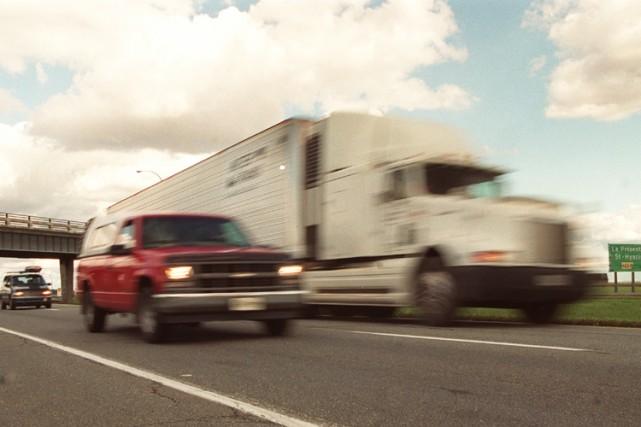 Les Québécois aiment la vitesse : près d'un conducteur sur deux ne se gêne pas... (Photo: La Presse)