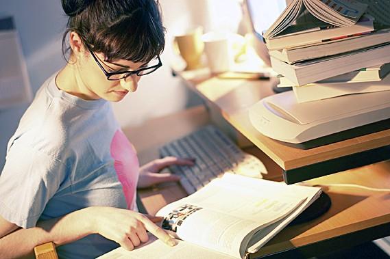 Selon différentes études américaines, la proportion d'étudiants qui...