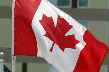 Un drone s'apprête à patrouiller une partie de la frontière séparant le Canada... (Photo: AP)