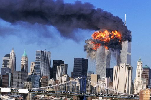 Le 11 septembre 2001, les tours du World... (Photo: AP)