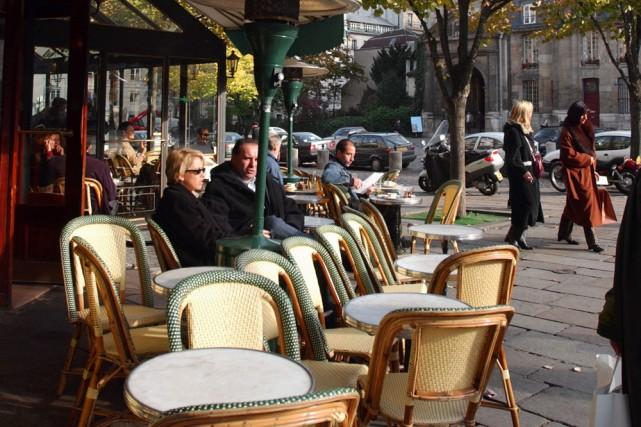 Saint-Germain-des-Prés est aussi le sujet de plusieurs promenades... (Photo: Le Soleil)