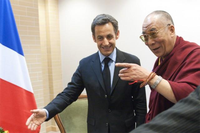 Nicolas Sarkozy et le dalaï-lama à Gdansk... (Reuters)