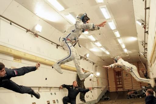 Deux touristes de l'espace prennent part à une... (Photo: archives AFP)