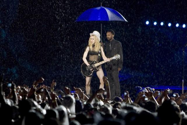 Madonna, la «reine américaine de la pop», a donné le coup d'envoi au volet... (Photo: AFP)