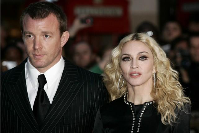 Guy Ritchie et Madonna... (Photo: AP)