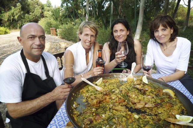 Joaquin Navarro Farinos, Nathalie Bonhomme, Mariluz Thomas et... (Photo: Télé-Québec)